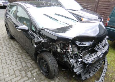 SV Dreher Unfall Pkw 001
