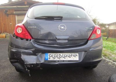 SV Dreher Unfall Pkw 137