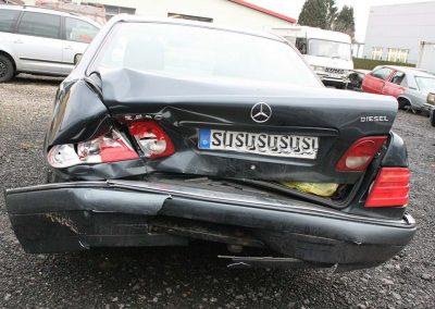 SV Dreher Unfall Pkw 142