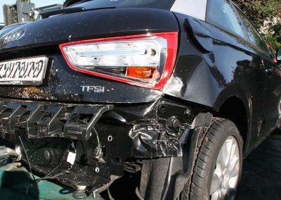 SV Dreher Unfall Pkw 144